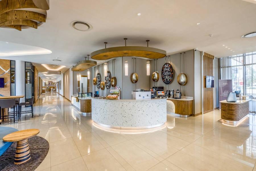 Radisson Hotel Convention Centre