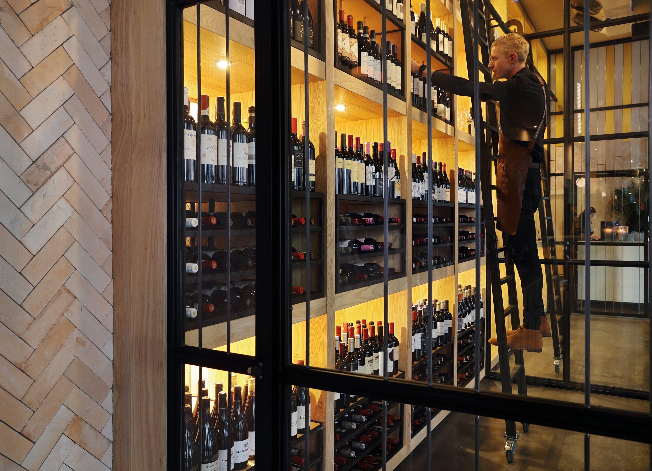 Saint - Wine Cellar