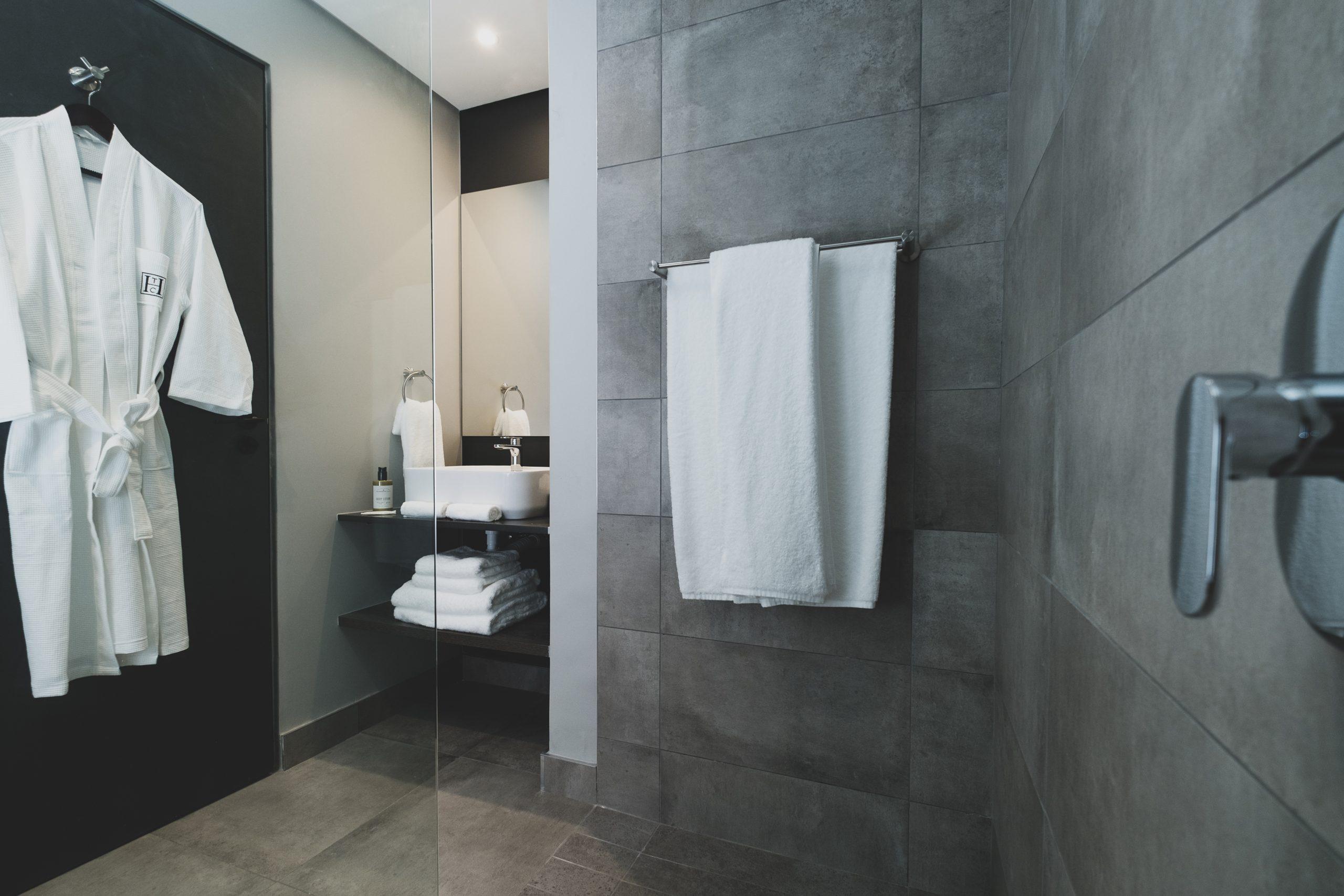 The Catalyst hotel bathroom